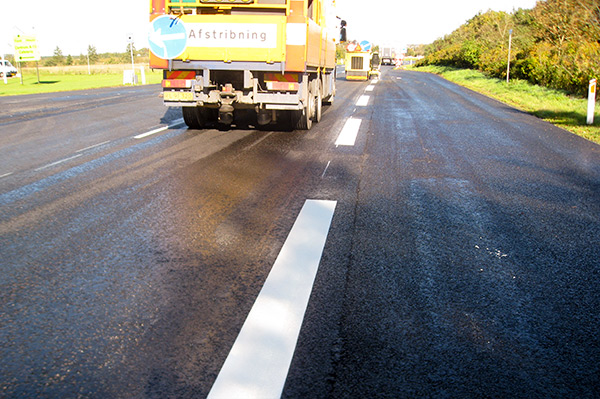 Expand the application window and road markings season with ViaTherm Viking